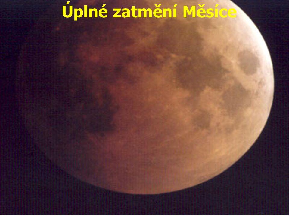 Úplné zatmění Měsíce