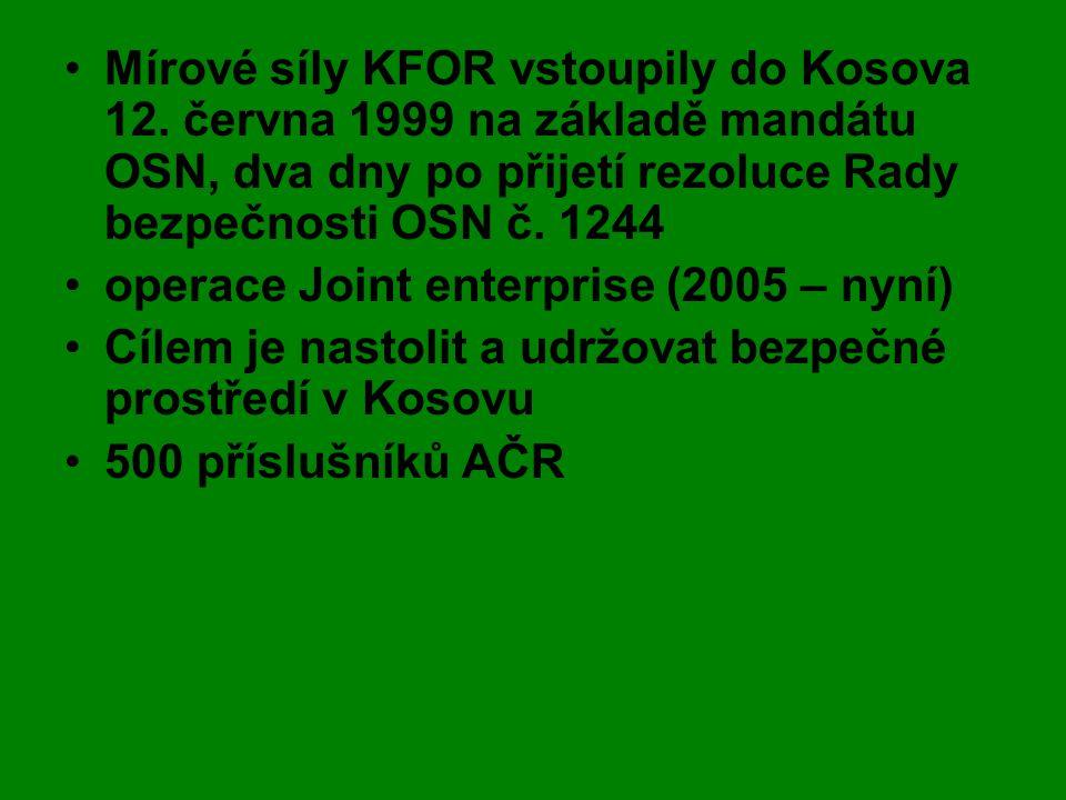 Mírové síly KFOR vstoupily do Kosova 12