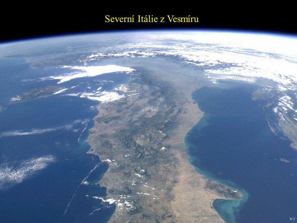 Severní Itálie z Vesmíru