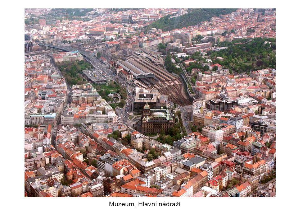 Muzeum, Hlavní nádraží