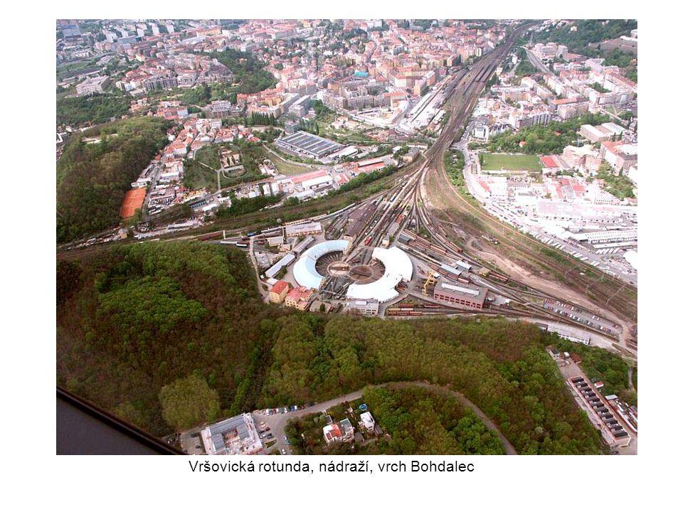 Vršovická rotunda, nádraží, vrch Bohdalec