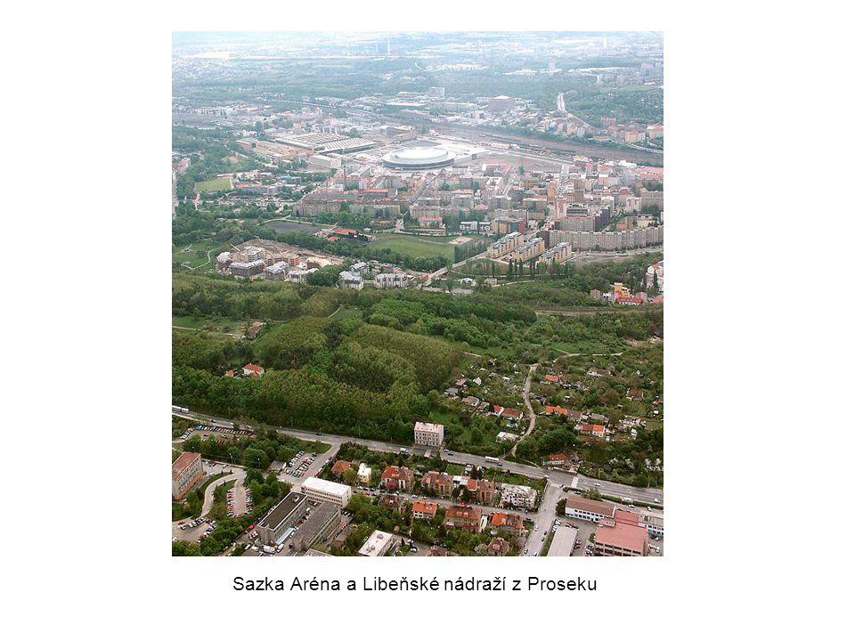 Sazka Aréna a Libeňské nádraží z Proseku