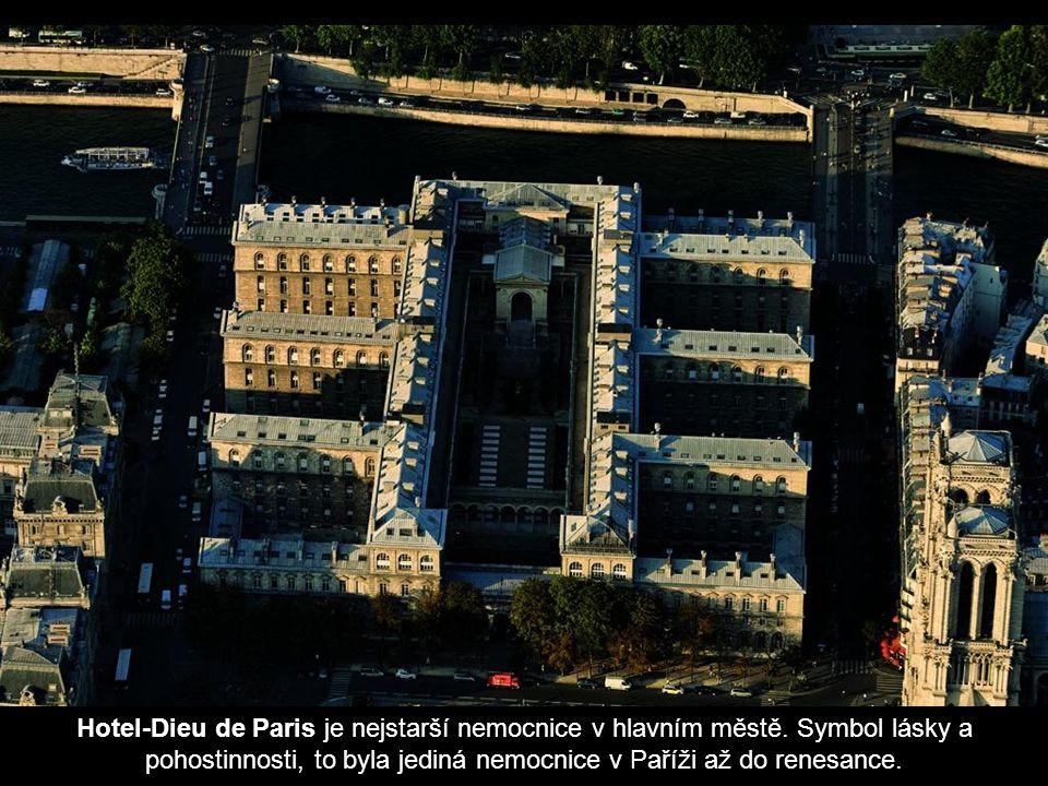 Hotel-Dieu de Paris je nejstarší nemocnice v hlavním městě
