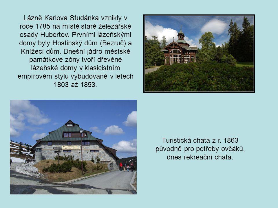 Lázně Karlova Studánka vznikly v roce 1785 na místě staré železářské osady Hubertov. Prvními lázeňskými domy byly Hostinský dům (Bezruč) a Knížecí dům. Dnešní jádro městské památkové zóny tvoří dřevěné lázeňské domy v klasicistním empírovém stylu vybudované v letech 1803 až 1893.