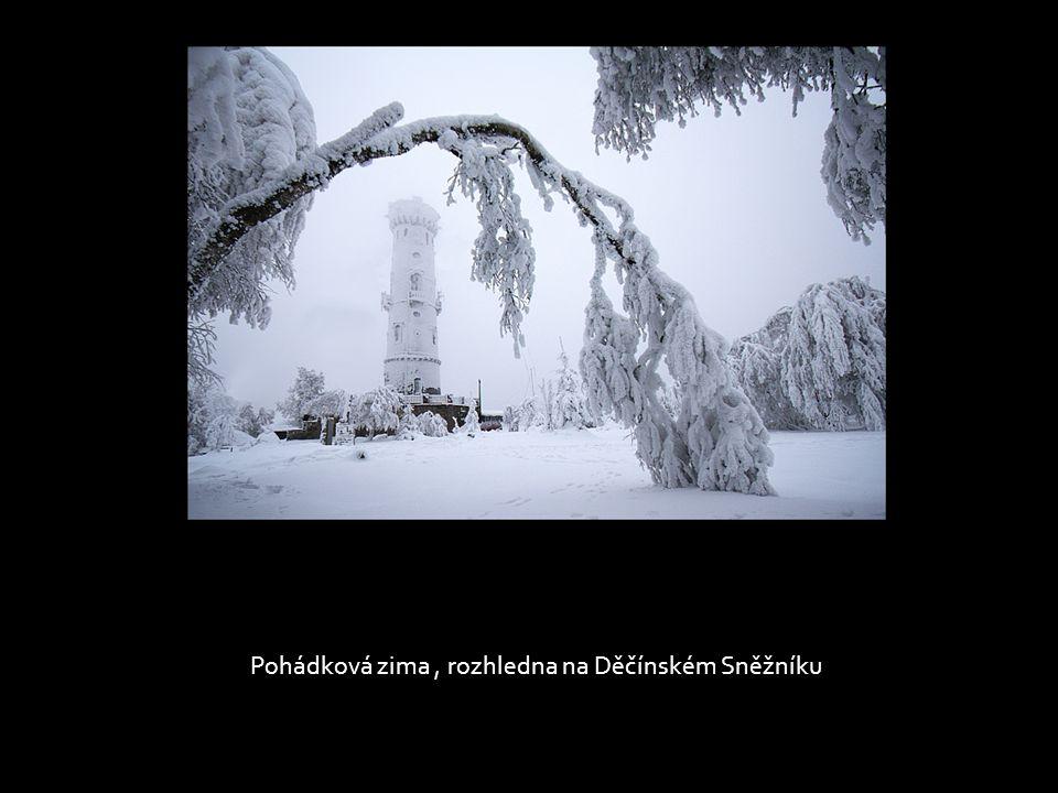 Pohádková zima , rozhledna na Děčínském Sněžníku