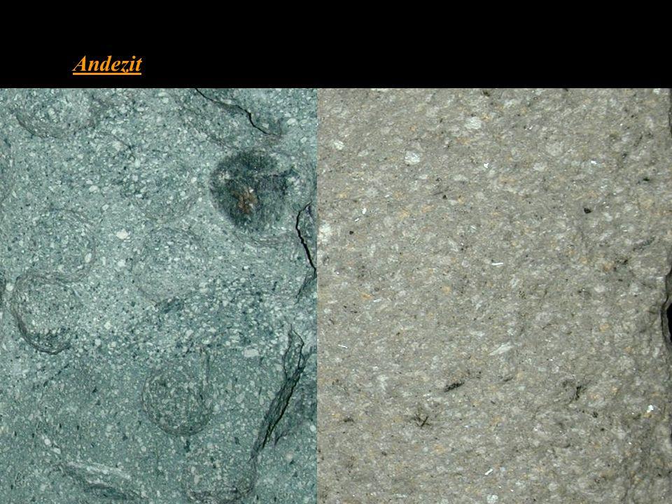 Andezit chemickým složením odpovídá dioritu