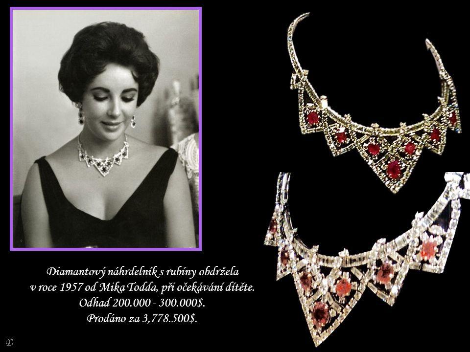 Diamantový náhrdelník s rubíny obdržela v roce 1957 od Mika Todda, při očekávání dítěte.