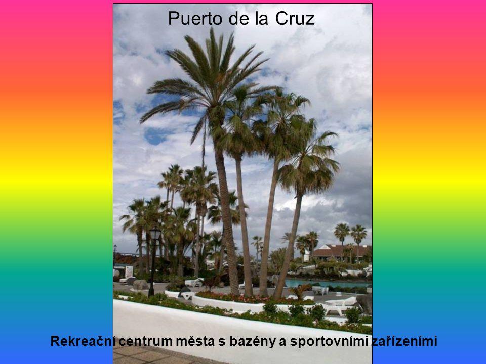 Rekreační centrum města s bazény a sportovními zařízeními