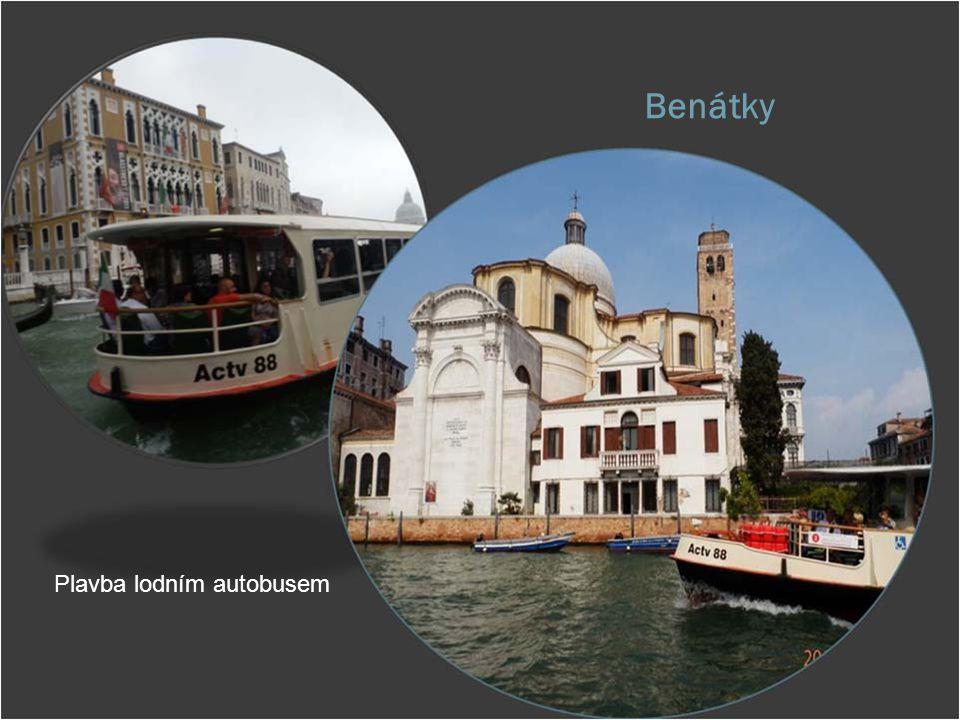 Benátky Plavba lodním autobusem