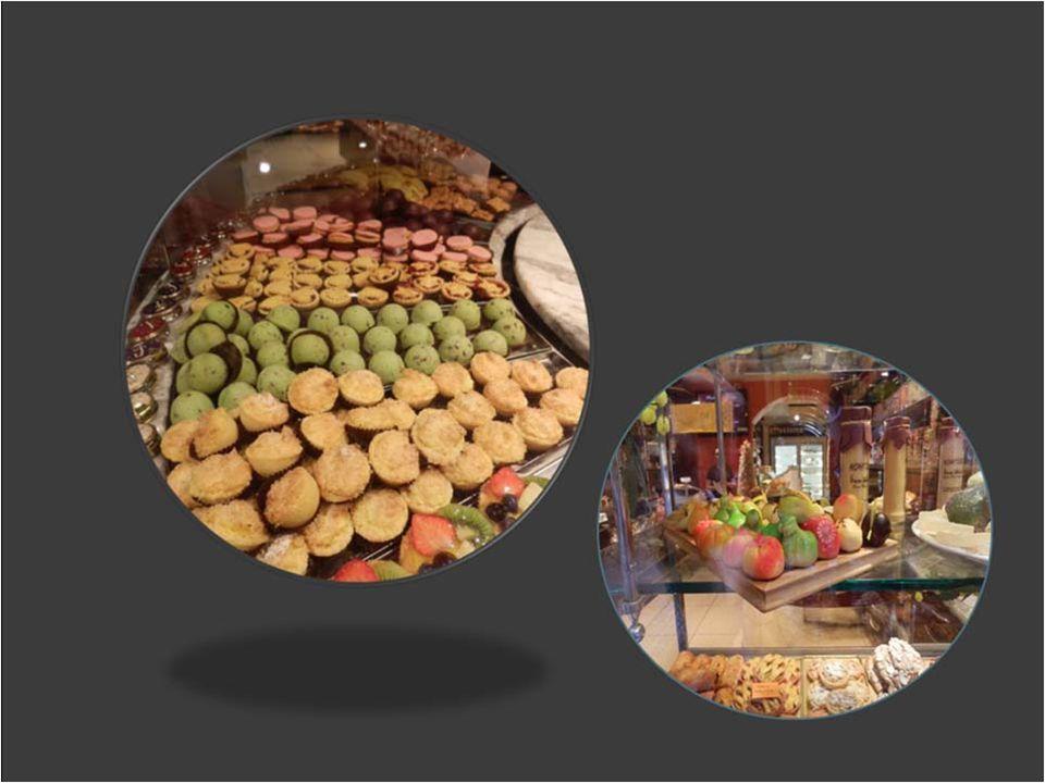 Benátky Výloha s Italskými cukrářskými výrobky