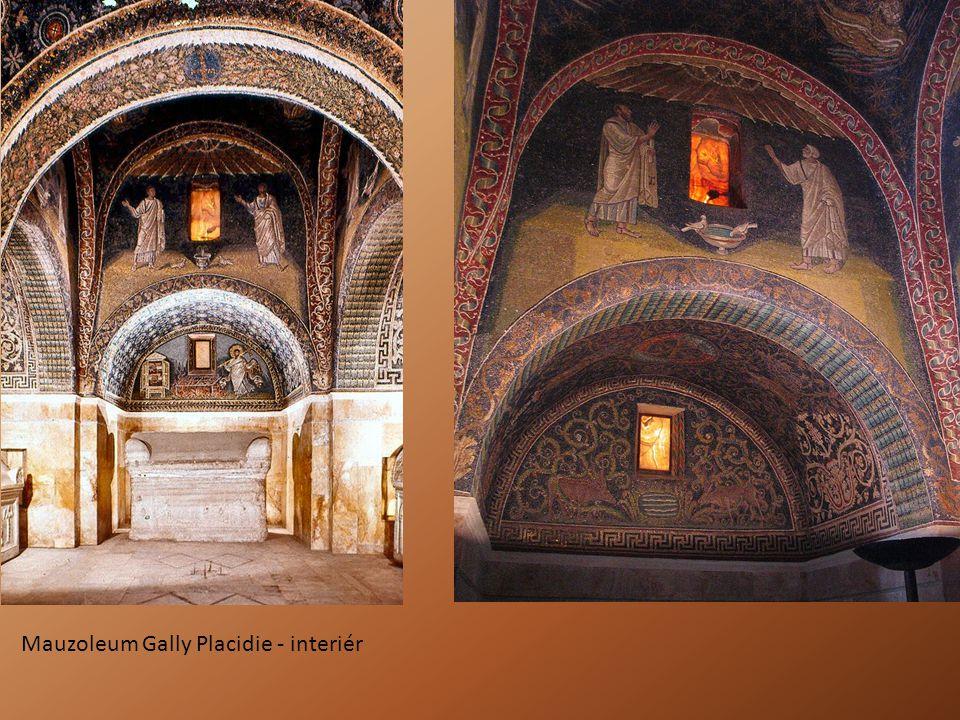 Mauzoleum Gally Placidie - interiér