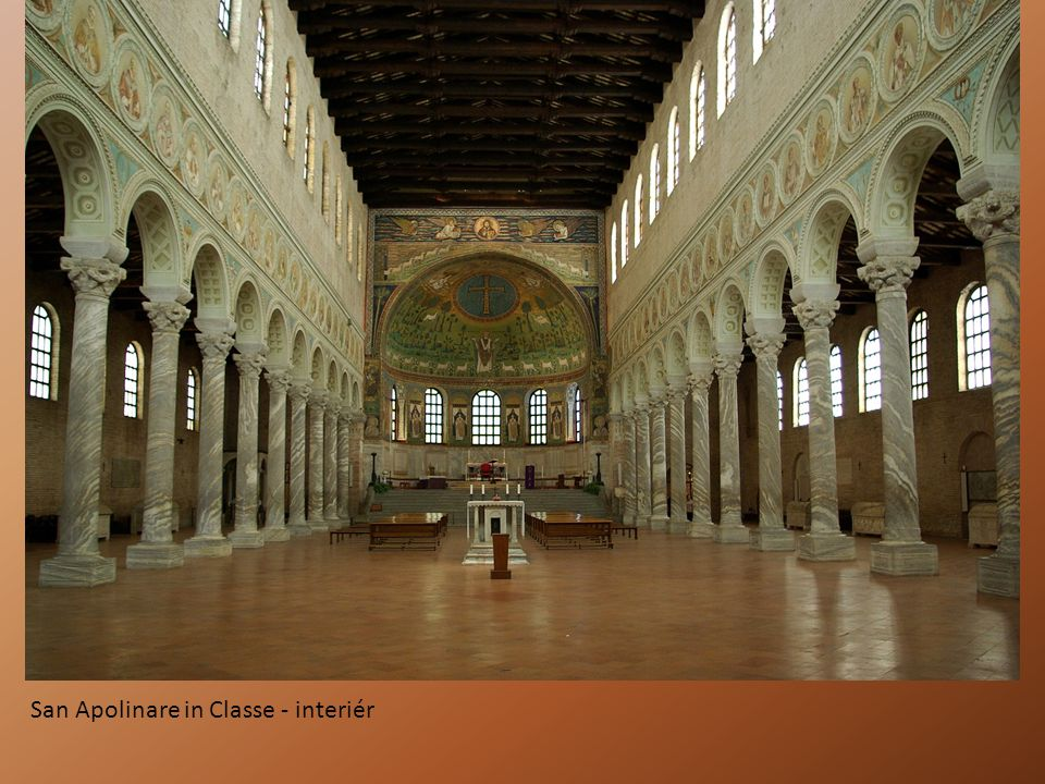 San Apolinare in Classe - interiér