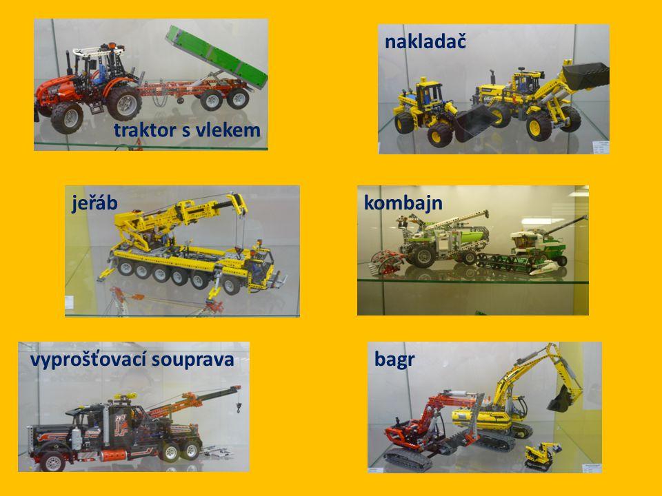 nakladač traktor s vlekem jeřáb kombajn vyprošťovací souprava bagr