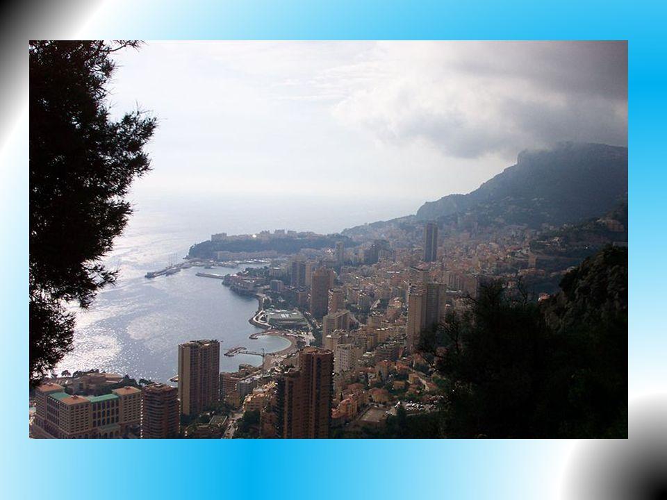 Nejdůležitějším hospodářským odvětvím knížectví je celoroční turistický ruch.