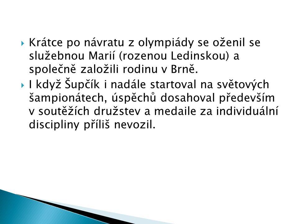Krátce po návratu z olympiády se oženil se služebnou Marií (rozenou Ledinskou) a společně založili rodinu v Brně.