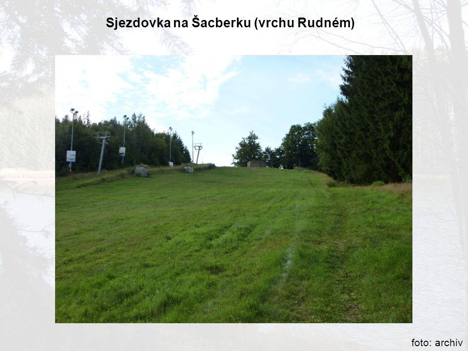 Sjezdovka na Šacberku (vrchu Rudném)