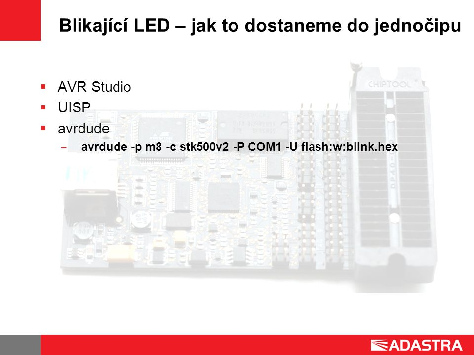 Blikající LED – jak to dostaneme do jednočipu