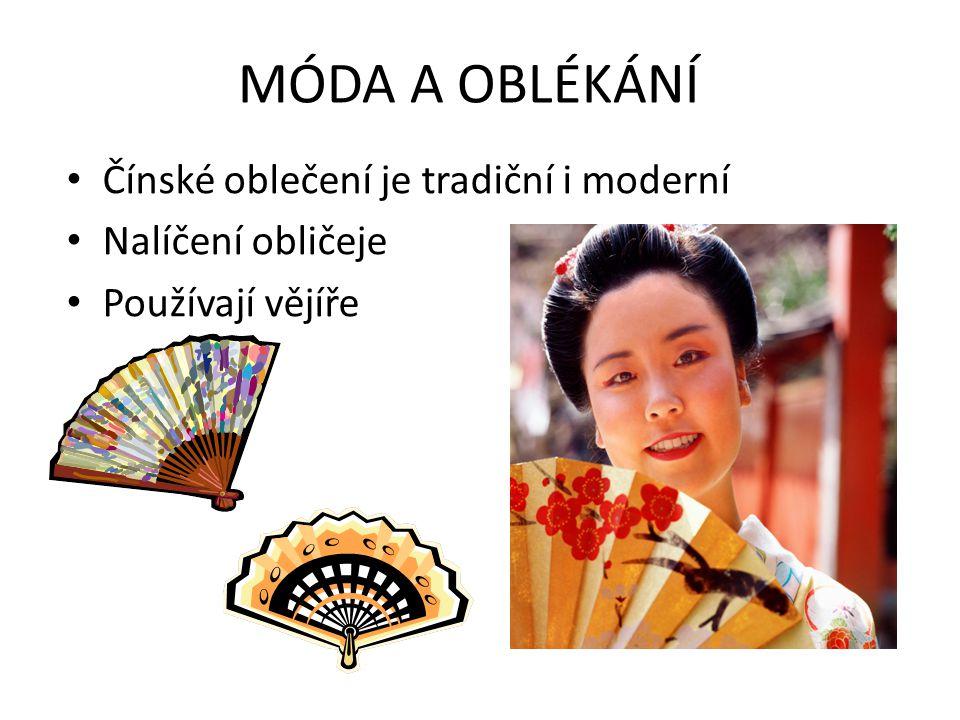 MÓDA A OBLÉKÁNÍ Čínské oblečení je tradiční i moderní