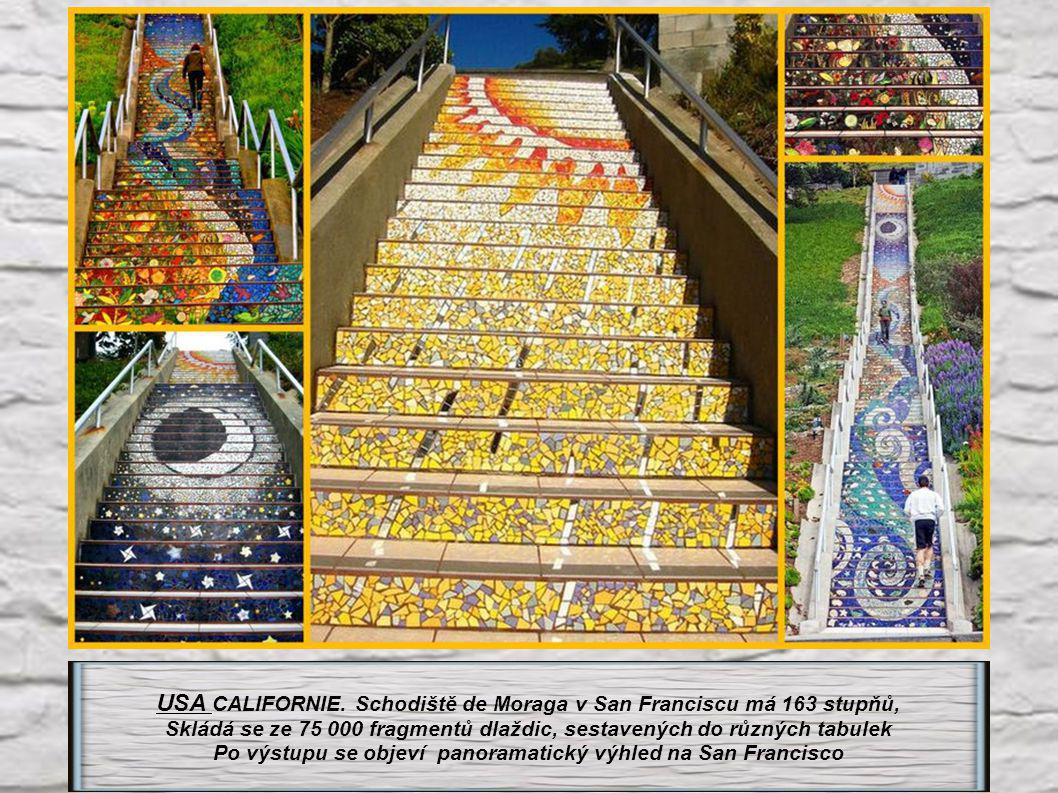 USA CALIFORNIE. Schodiště de Moraga v San Franciscu má 163 stupňů,