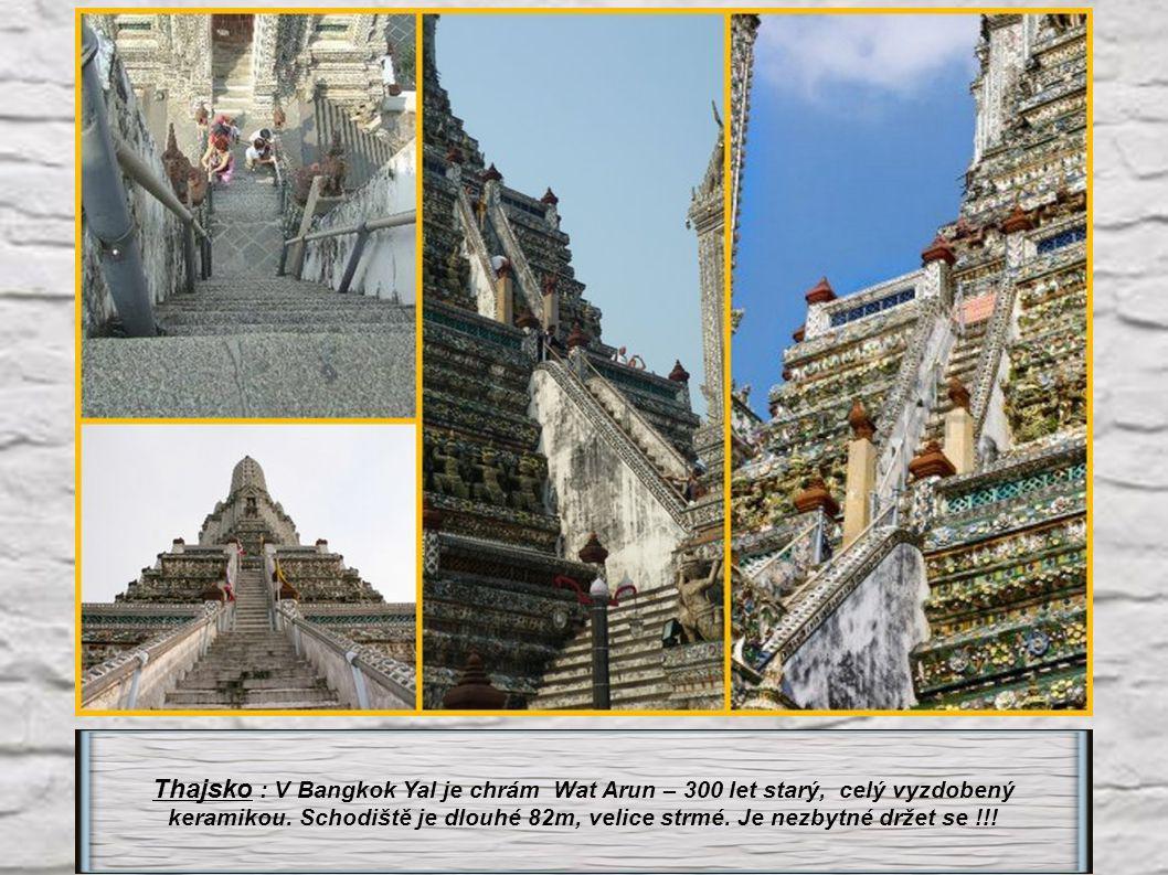 Thajsko : V Bangkok Yal je chrám Wat Arun – 300 let starý, celý vyzdobený