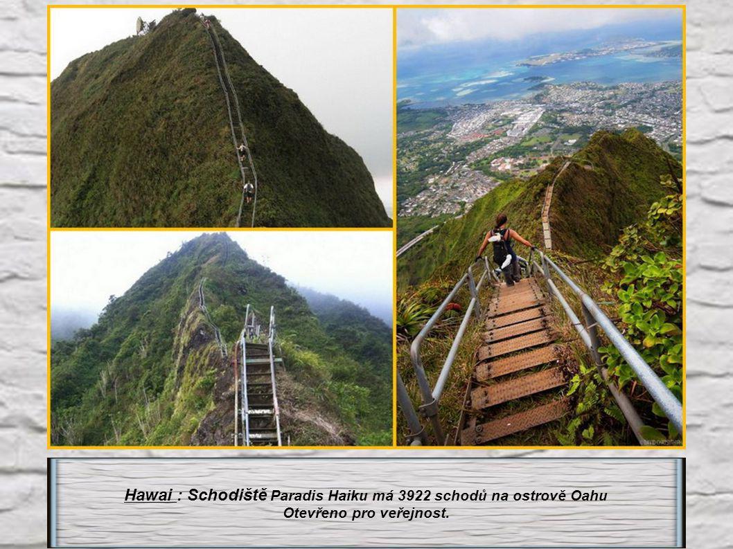 Hawai : Schodiště Paradis Haiku má 3922 schodů na ostrově Oahu