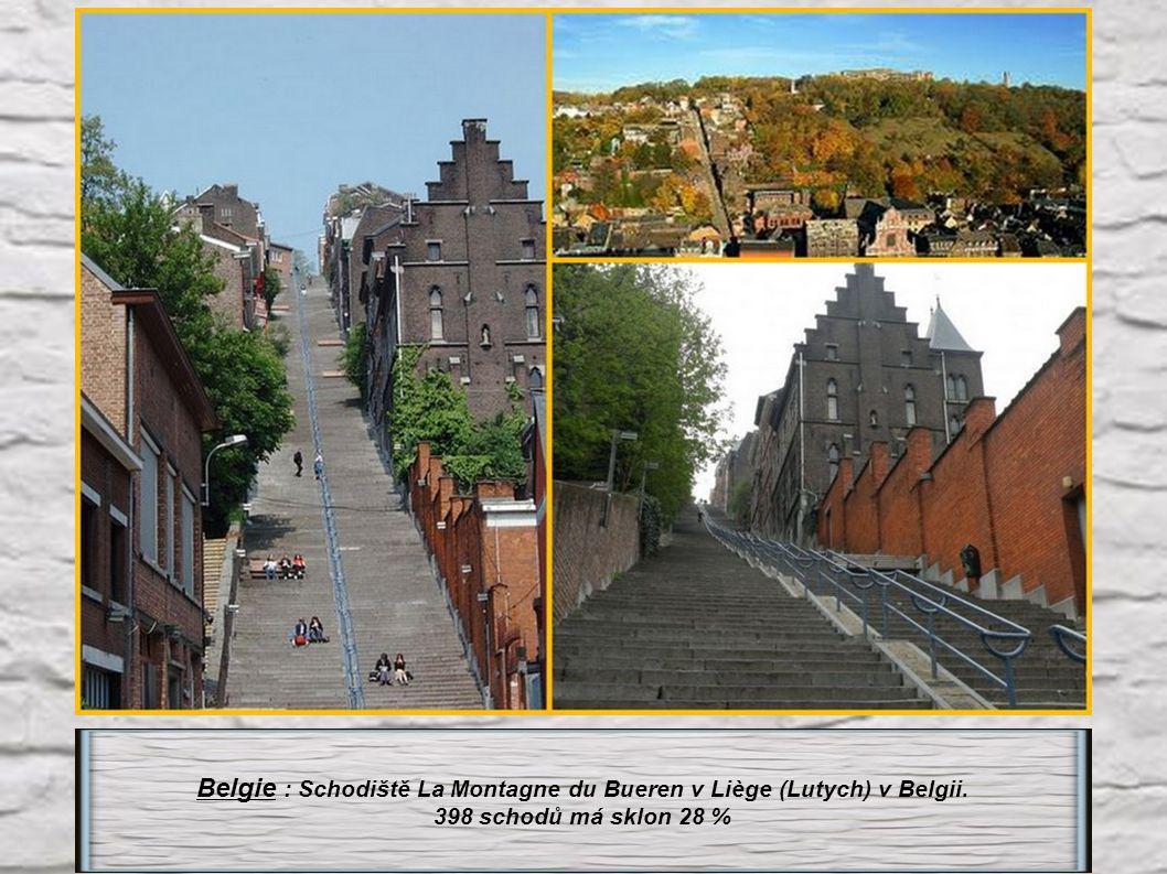Belgie : Schodiště La Montagne du Bueren v Liège (Lutych) v Belgii.