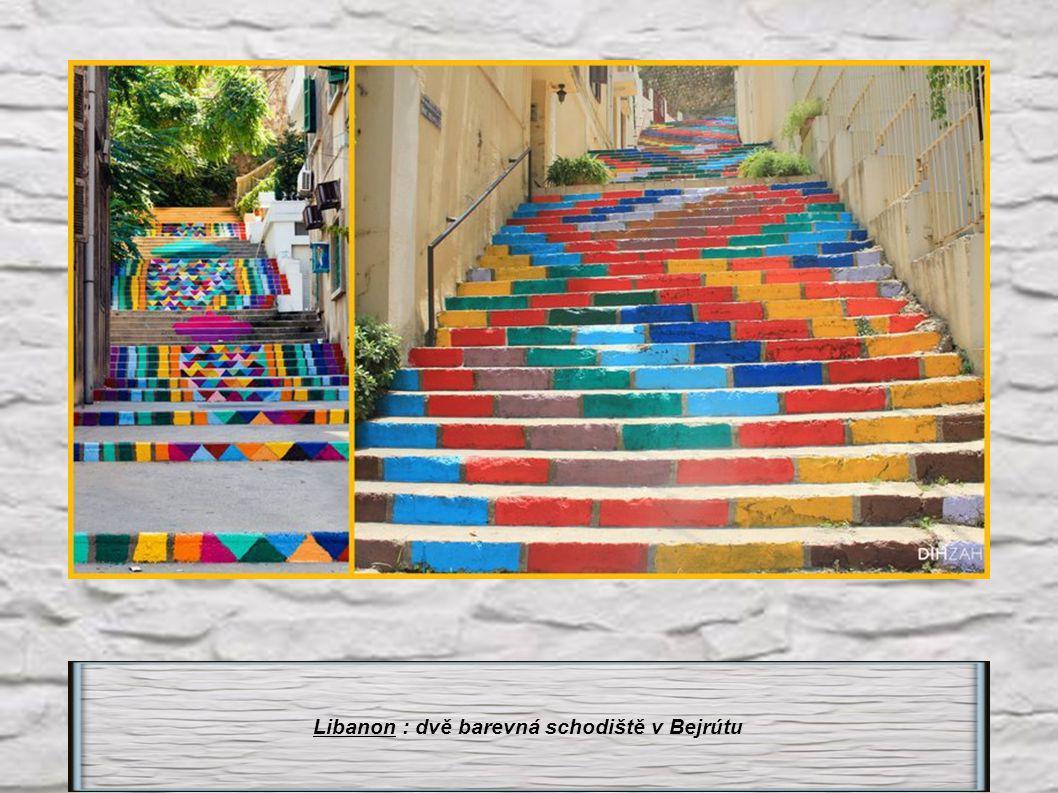 Libanon : dvě barevná schodiště v Bejrútu