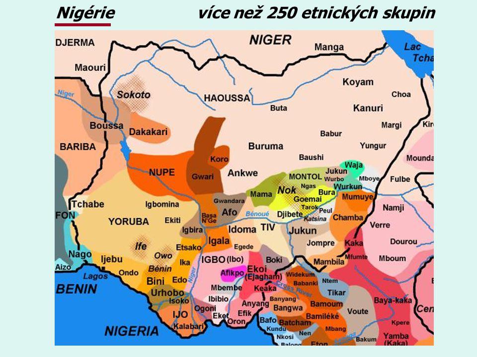 Nigérie více než 250 etnických skupin