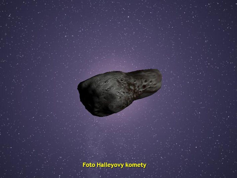 Foto Halleyovy komety