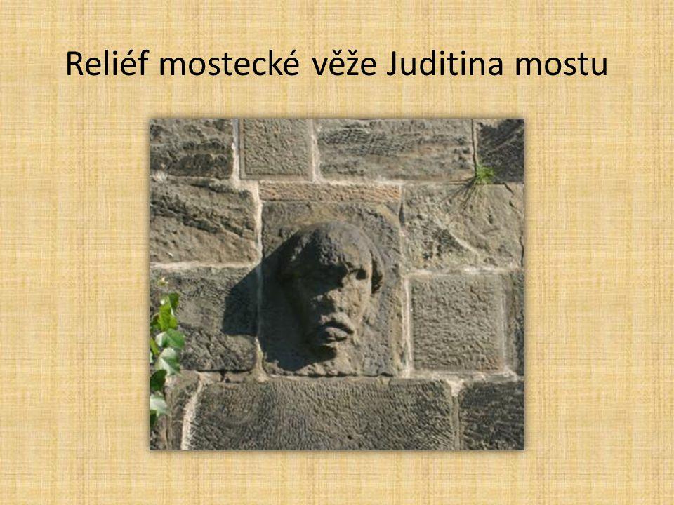 Reliéf mostecké věže Juditina mostu