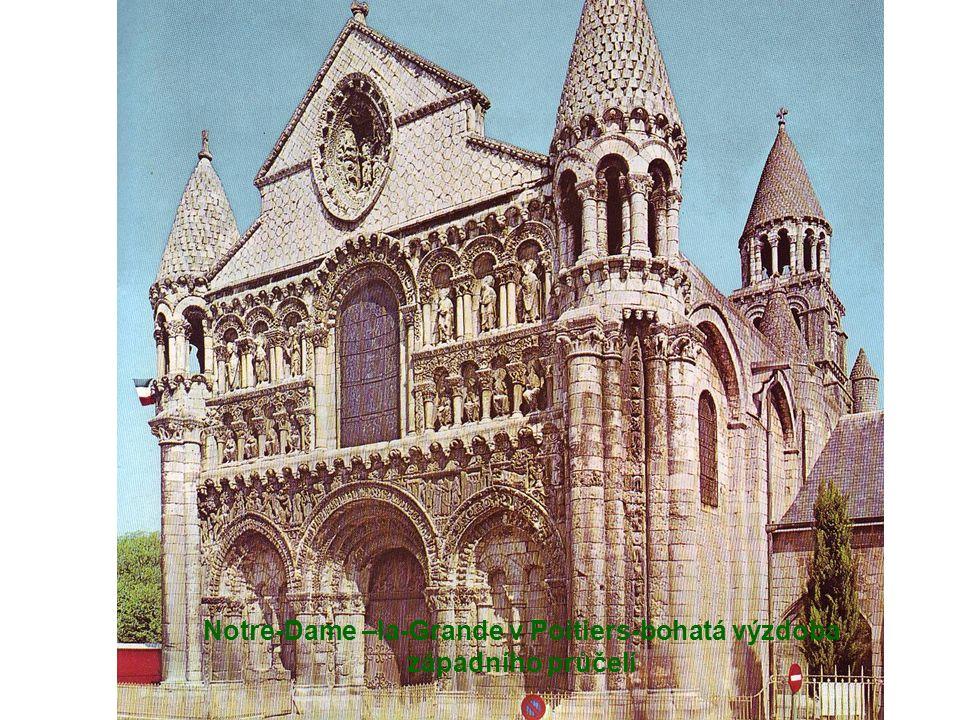 Notre-Dame –la-Grande v Poitiers-bohatá výzdoba západního průčelí