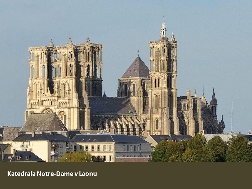 Katedrála Notre-Dame v Laonu