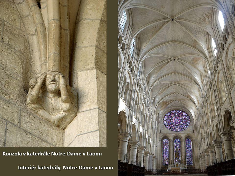 Konzola v katedrále Notre-Dame v Laonu