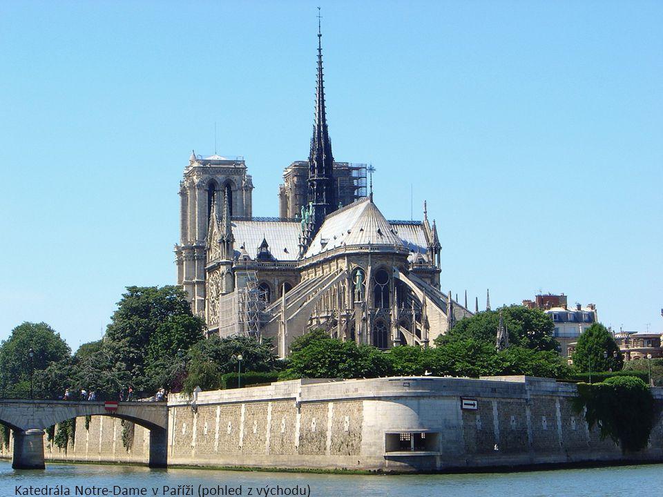 Katedrála Notre-Dame v Paříži (pohled z východu)