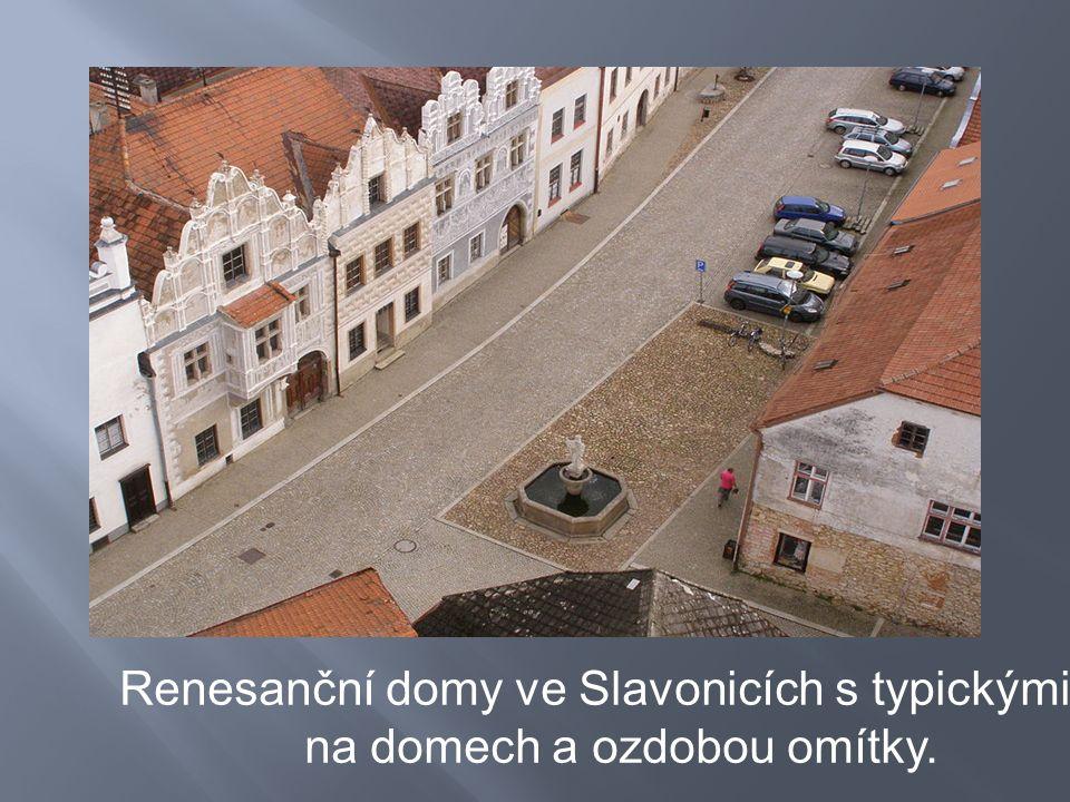 Renesanční domy ve Slavonicích s typickými štíty