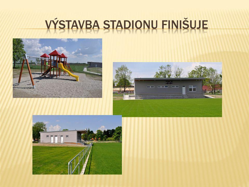Výstavba stadionu finišuje