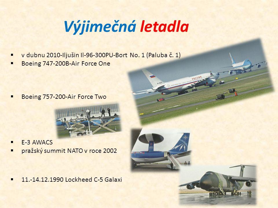Výjimečná letadla v dubnu 2010-Iljušin Il-96-300PU-Bort No. 1 (Paluba č. 1) Boeing 747-200B-Air Force One.