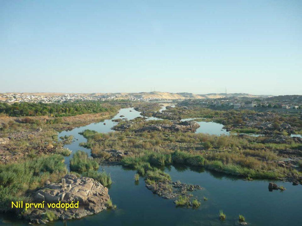 Nil první vodopád