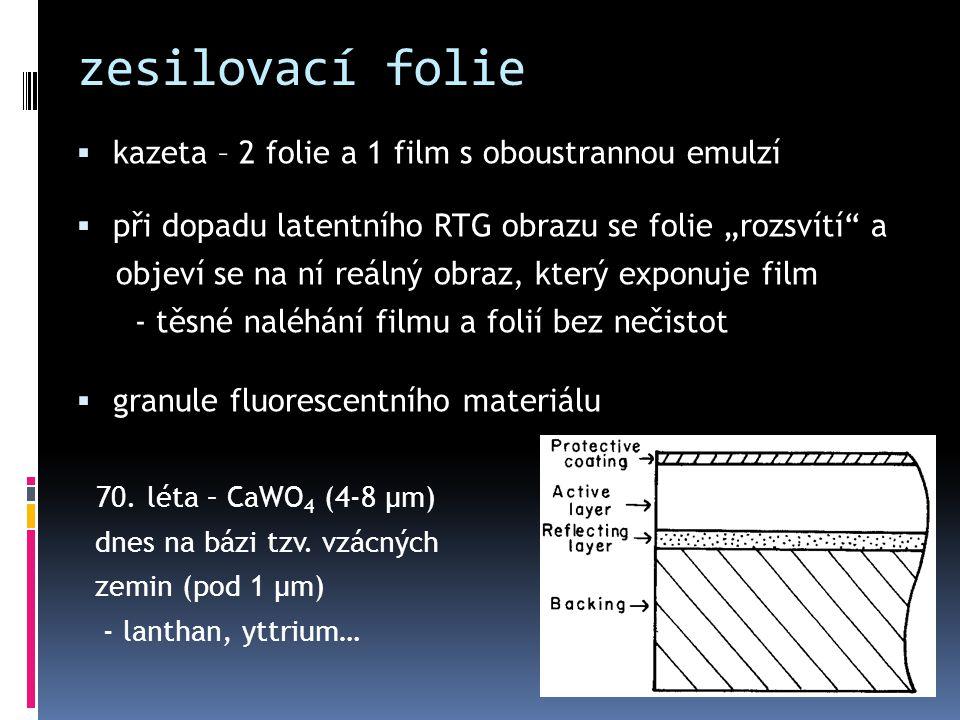 zesilovací folie kazeta – 2 folie a 1 film s oboustrannou emulzí