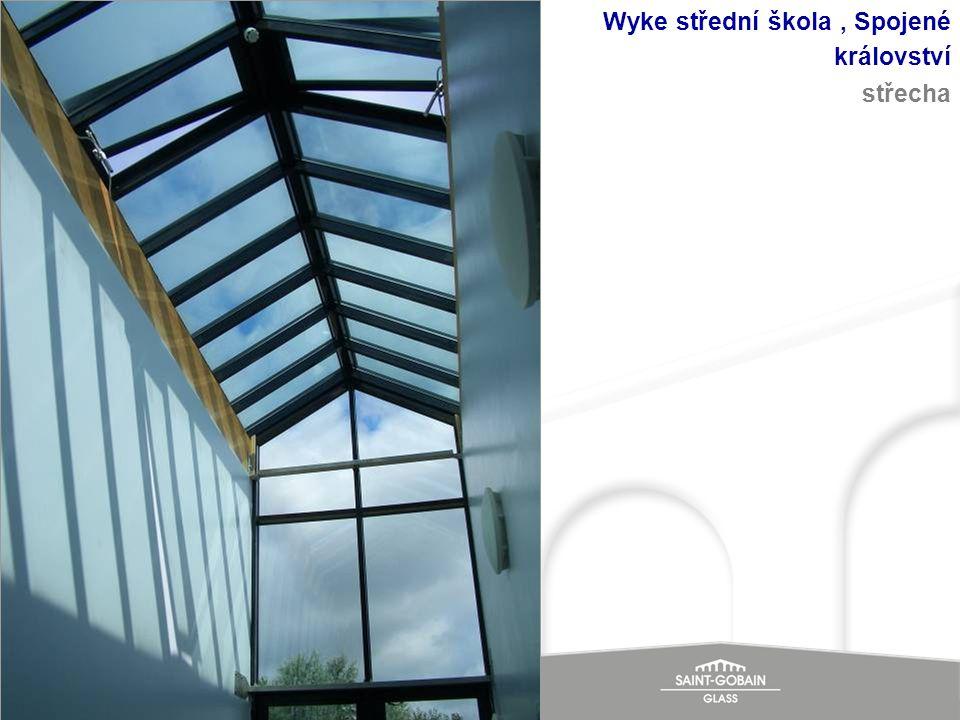 Wyke střední škola , Spojené království střecha