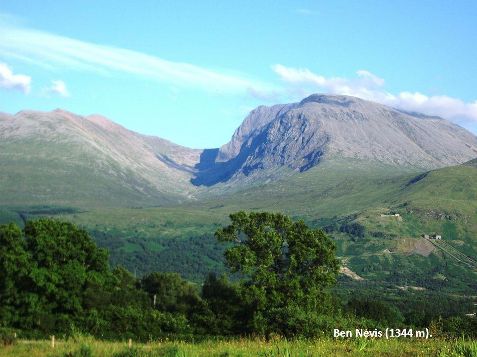 Ben Nevis (1344 m).