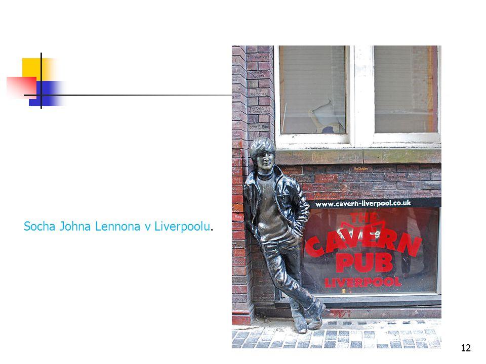 Socha Johna Lennona v Liverpoolu.