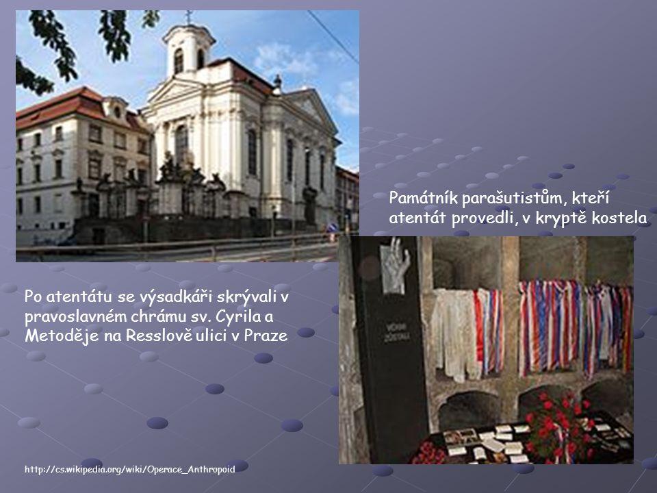 Památník parašutistům, kteří atentát provedli, v kryptě kostela