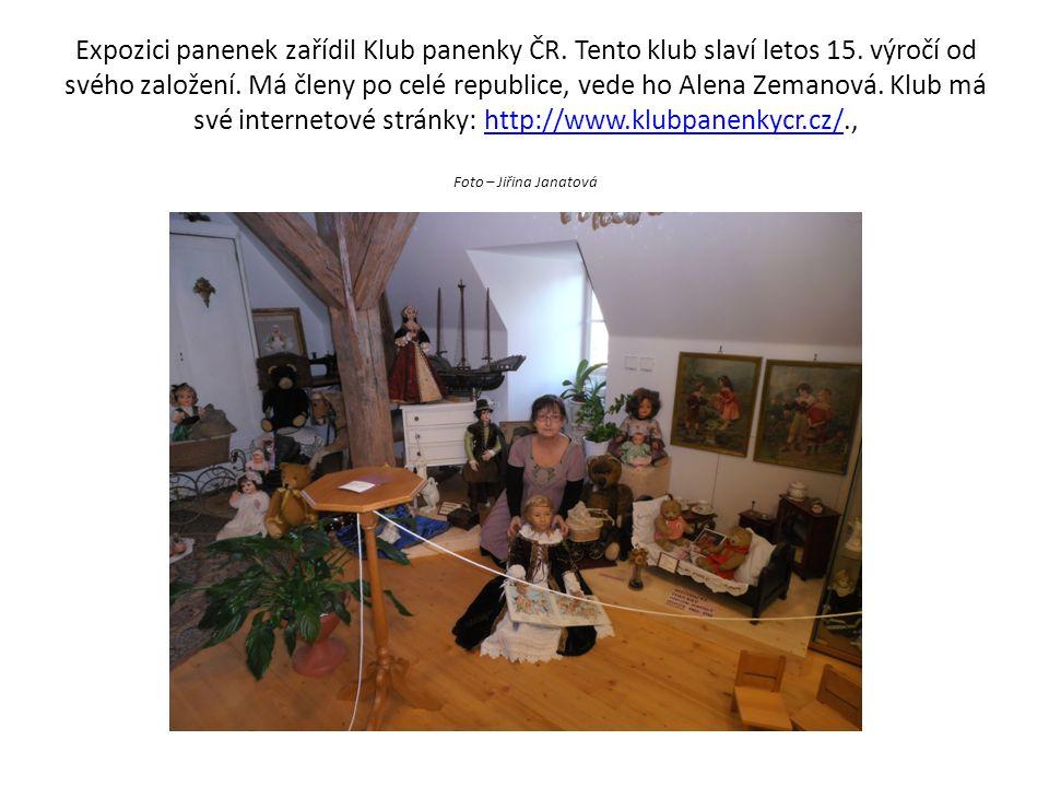 Expozici panenek zařídil Klub panenky ČR. Tento klub slaví letos 15