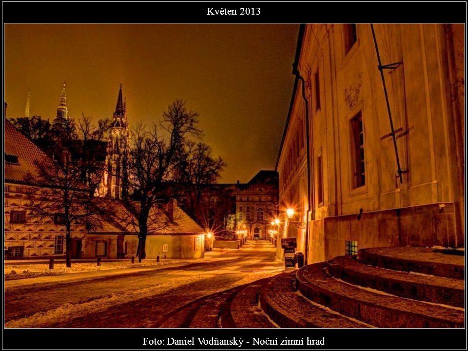 Foto: Daniel Vodňanský - Noční zimní hrad