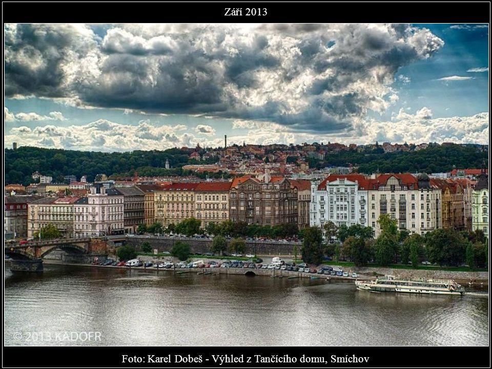 Foto: Karel Dobeš - Výhled z Tančícího domu, Smíchov