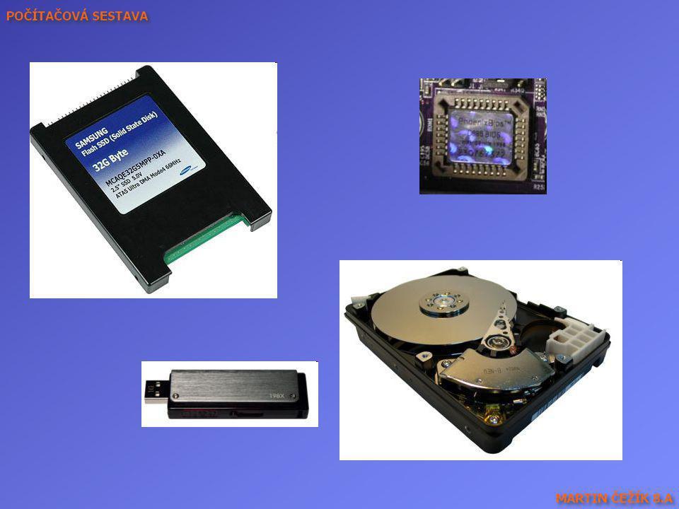 Vpravo dole HDD, nahoře Flash paměť s biosem, vlevo dole klasická Flash paměť a nahoře Disk SSD