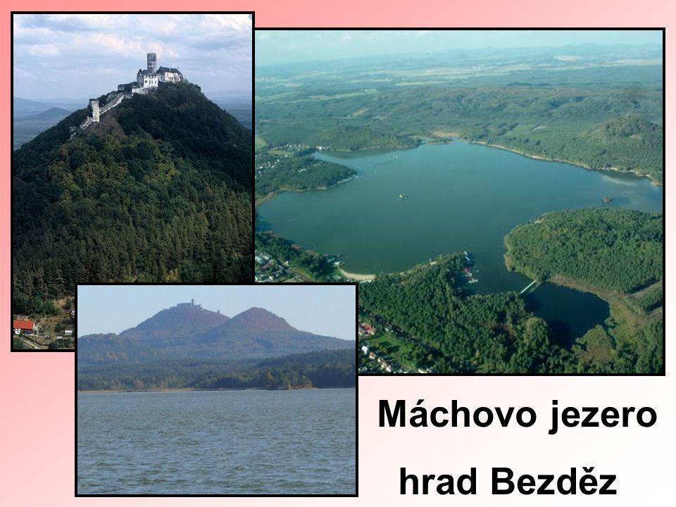 Máchovo jezero hrad Bezděz