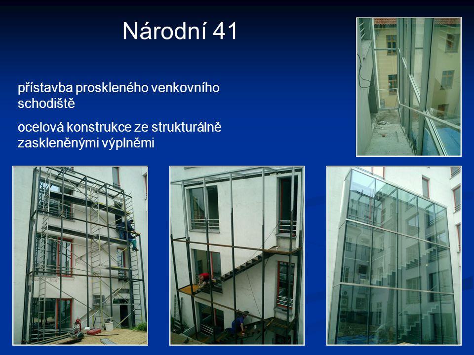 Národní 41 přístavba proskleného venkovního schodiště