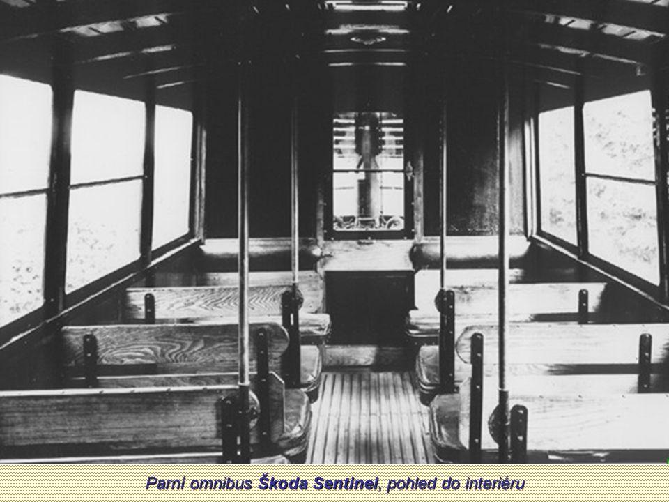Parní omnibus Škoda Sentinel, pohled do interiéru